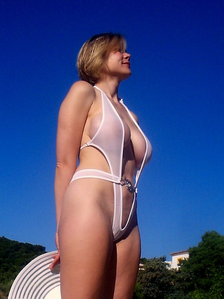 petite girl naked selfshot